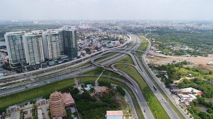 TP. Hồ Chí Minh phấn đấu làm mới 90km đường bộ và 20 cây cầu